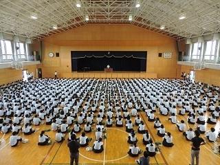 07生徒指導部長講話.JPG