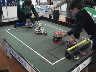 S1_Robotist Izumi.jpg